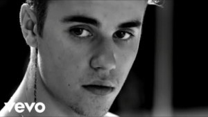 Video: Justin Bieber - Invisible (Ft. The Chainsmokers)